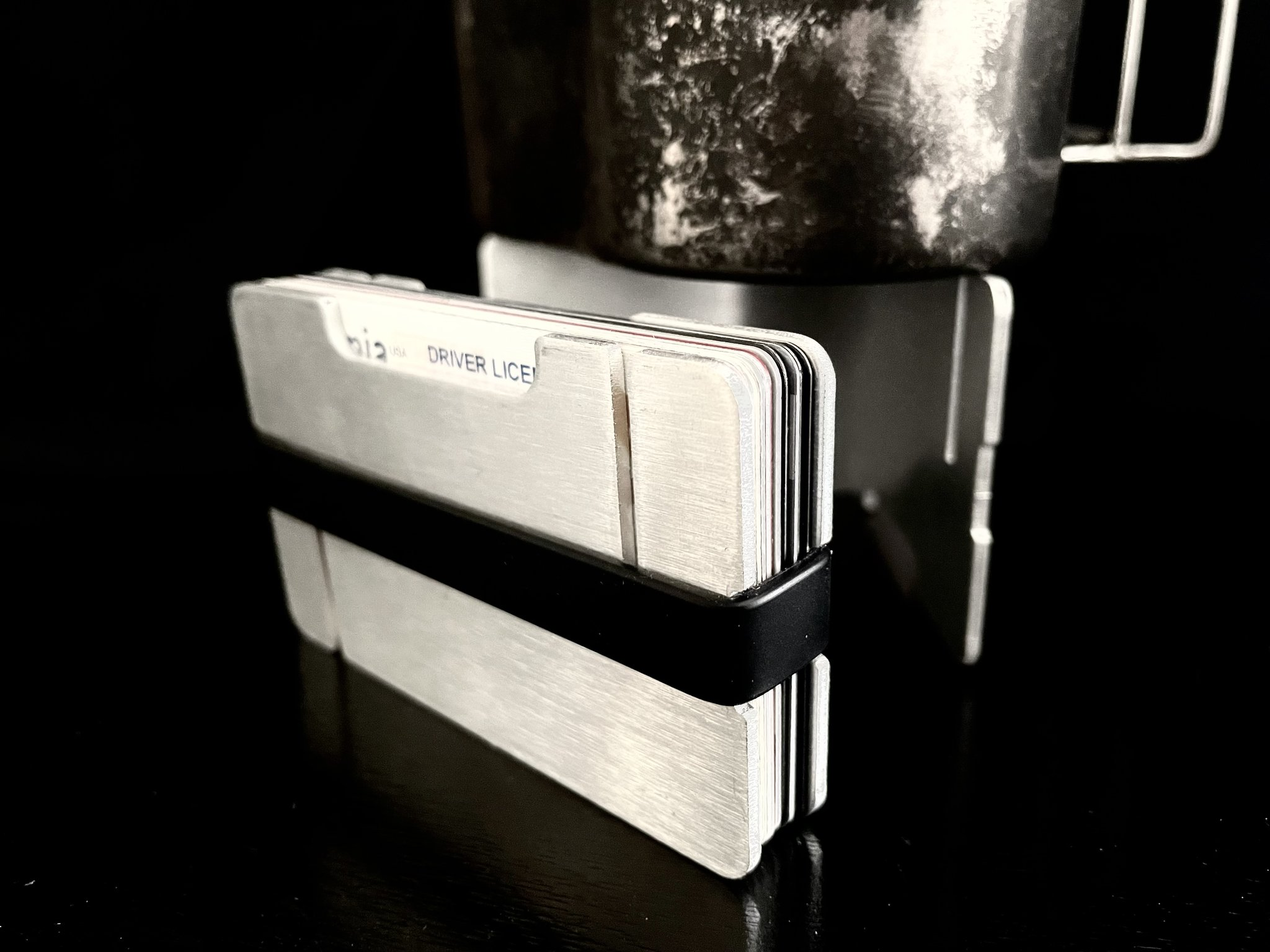 minimalist wallet pocket stove